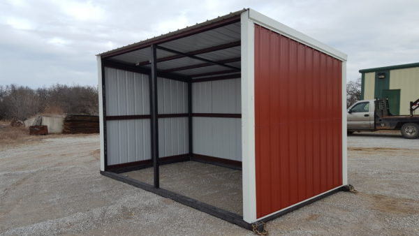 horse shed red 4